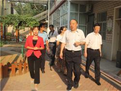 副市长李红念视察济源市实验幼儿园开学工作